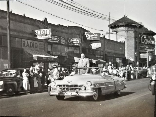 Ike Eisenhower in 1952, Ogden marquee on the right.