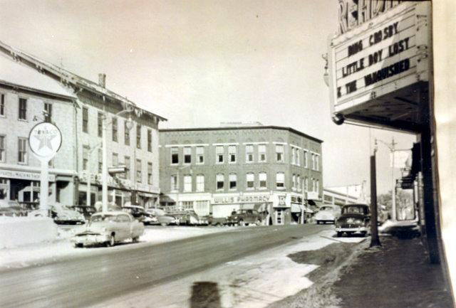 Reading Theatre (1953)