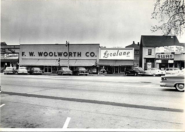 Site of the (old) Reading Theatre - 650 Main Street - circa 1950's