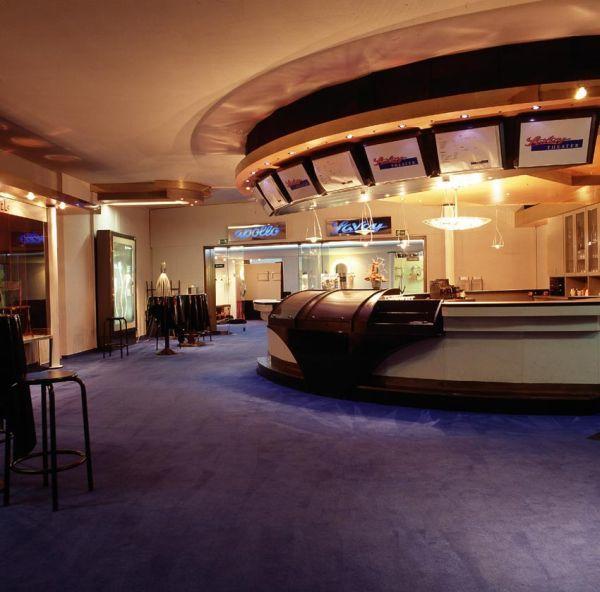 Atelier Kino Im Savoy Theater Düsseldorf