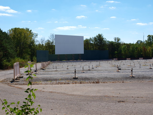 Melody 49 Twin Drive-In