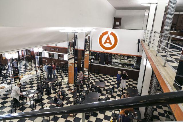 Atrium Film-Szinhaz