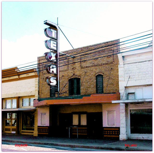Texas Theater© Ballinger TX Don Lewis / Billy Smith