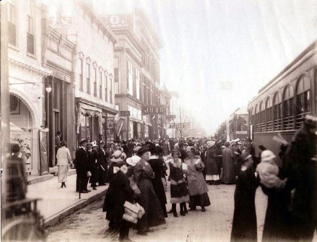 1917 photo courtesy Sheboygan County Historical Research Center.