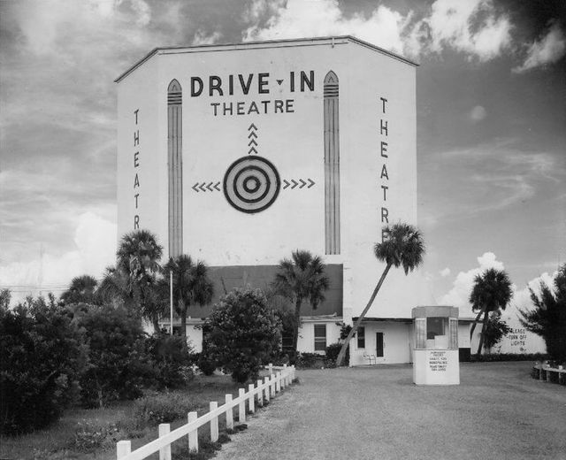 4th Street Drive-In