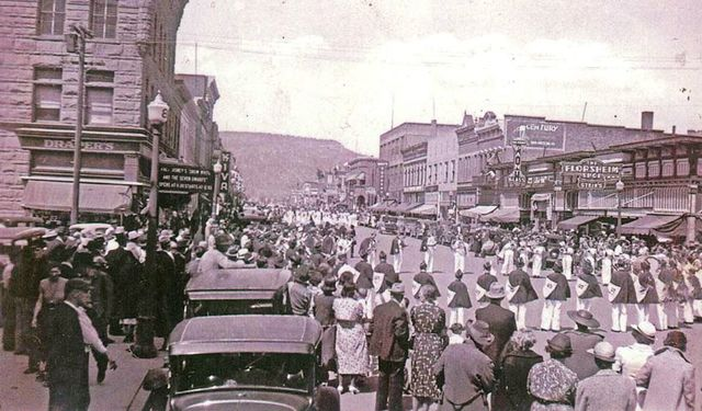 1938 photo credit The Animas Museum.