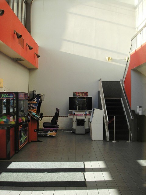 AMC Wheaton Mall 9