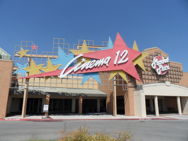 Marketplace Cinema 12