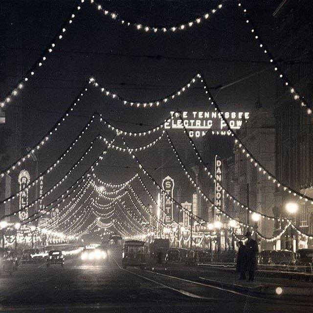 Christmas 1938 photo courtesy Tennessee Good Old Days Facebook page.