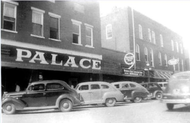 1940's photo credit West Tennessee County History.