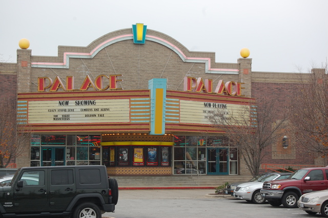Palace East Theatre