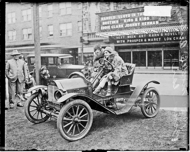 1927 photo credit Chicago History Museum, DN-0083387, Getty Images.