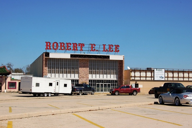 Robert E. Lee Theatre