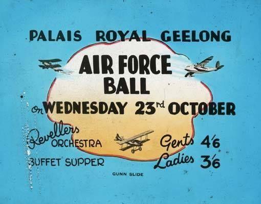 Palais Royal Theatre 297 Moorabool Street, Geelong, VIC – 1940's Glass theatre slide.