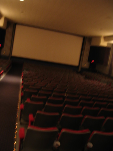 12-25-04 auditorium