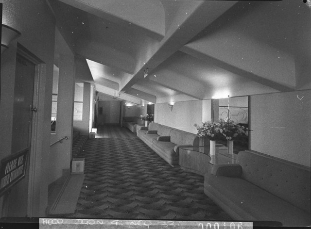 Odeon Theatre, Campsie, dress circle foyer