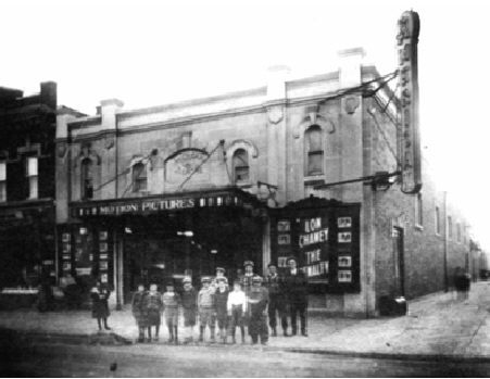 The American Theater, East 92nd Street (corner Flatlands Ave), Canarsie, Brooklyn, Ny   11236