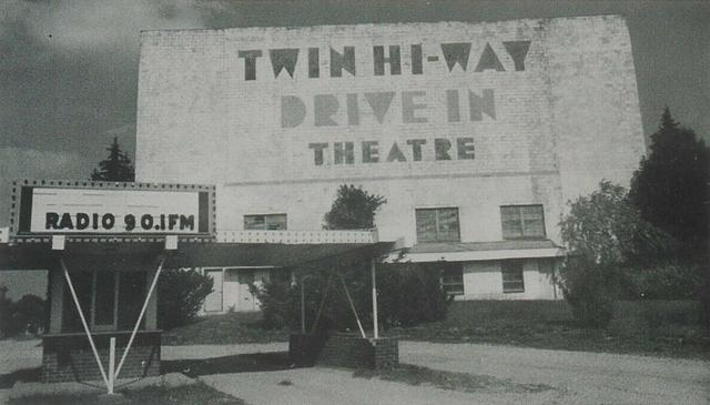 Twin Hi-Way Drive-In - McKees Rocks, PA