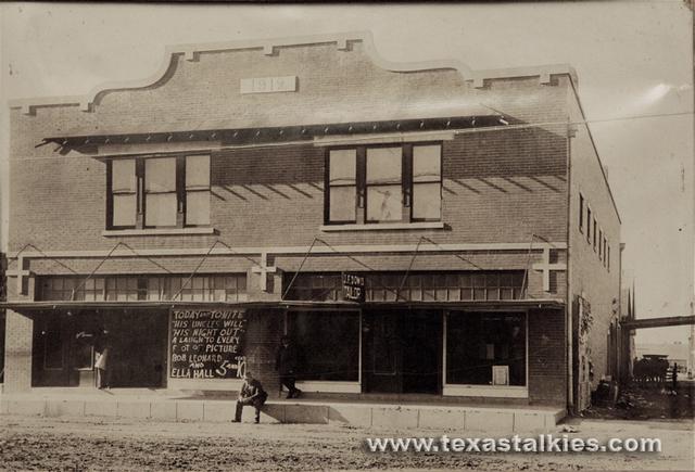 1916 Street View