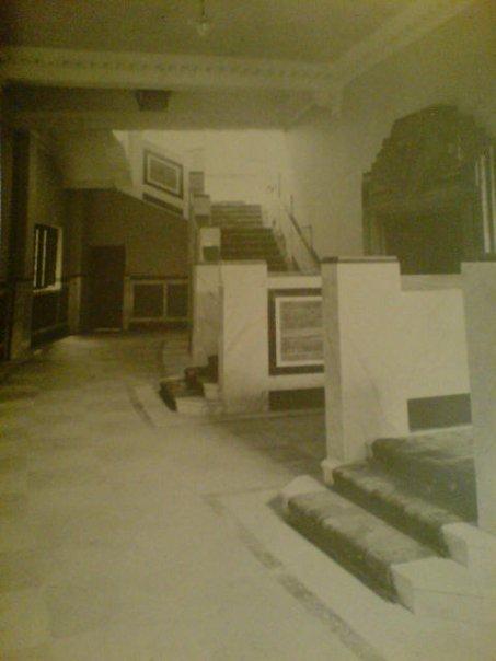 Upper Foyer, EMD Cinema Gravesned