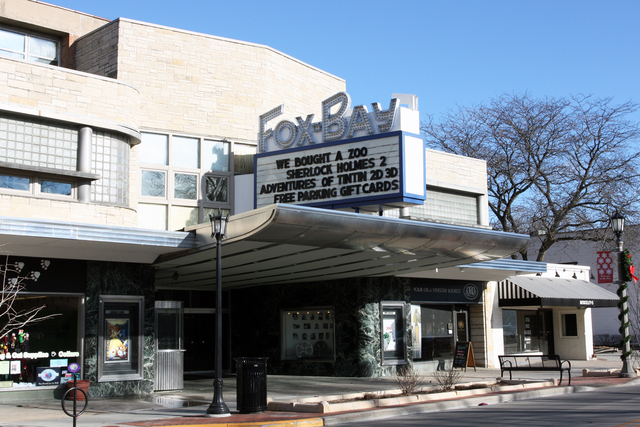 Fox-Bay Cinema, Whitefish Bay, WI