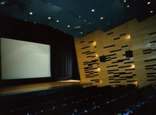 Sala Luis Buñuel THX