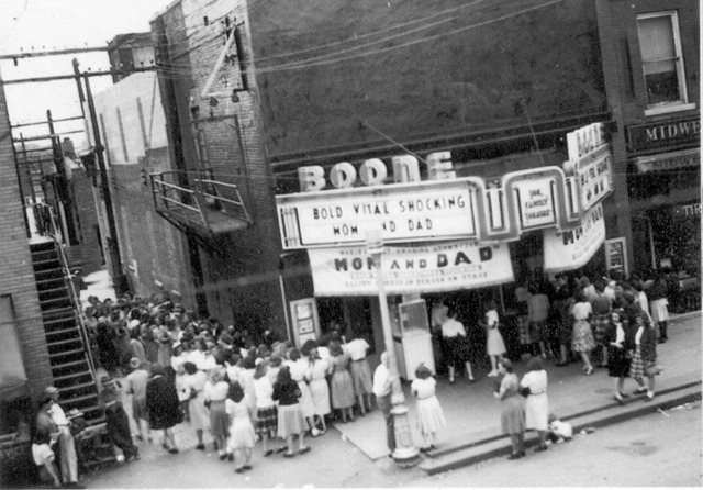 Boone Theatre in 1945 