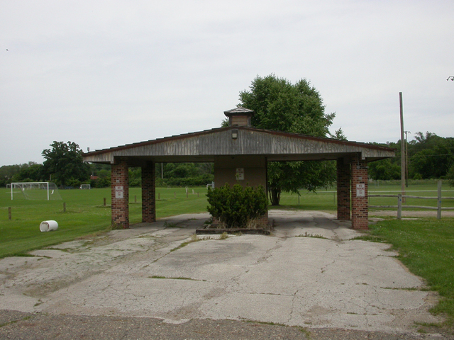 Former Plantation Drive-In Theatre Box Office