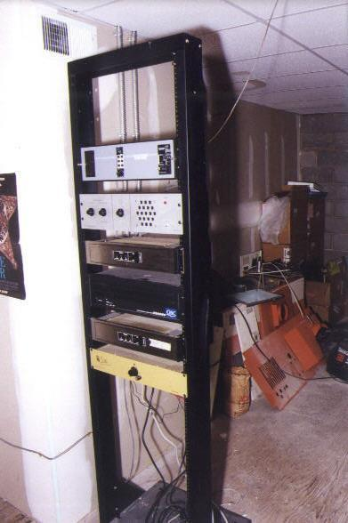 House 5 sound rack