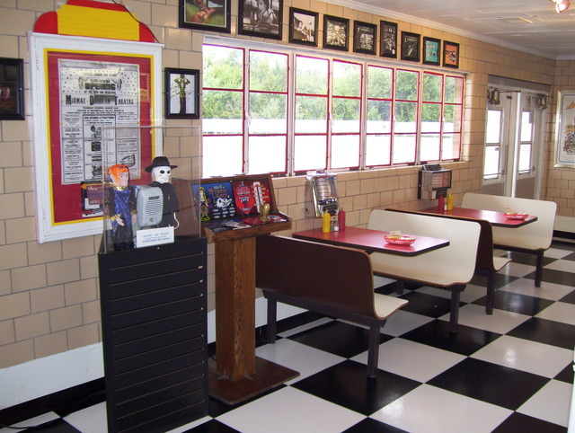 Midway Drive In - 1950's style Diner booths