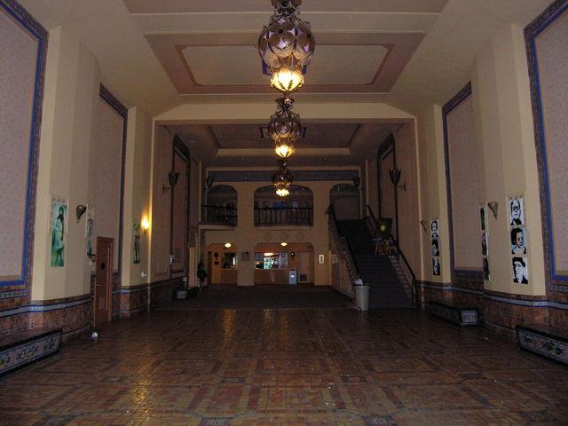 Rhode Lobby Wide