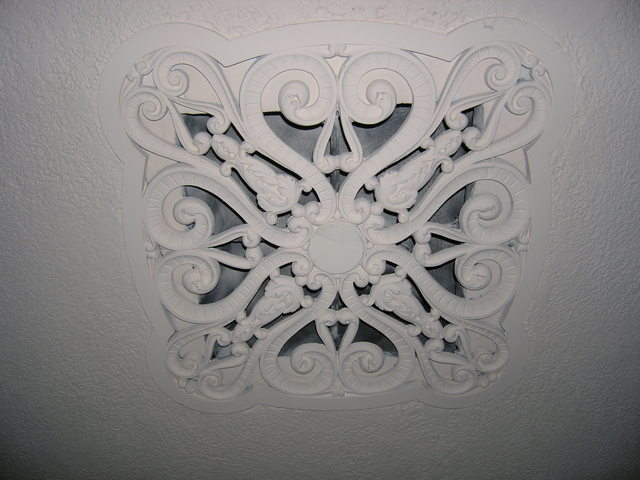 Rhode Balcony Level Ceiling Grate Detail