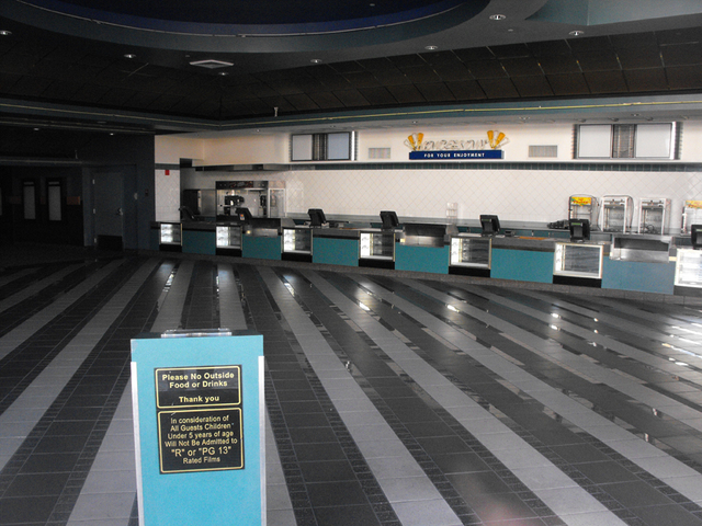 Lobby of former Mann Glendale Marketplace Theatres