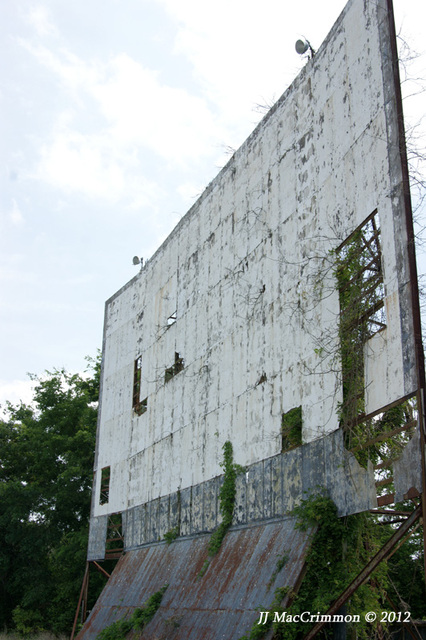 Clanton Drive-In Screen (2011)