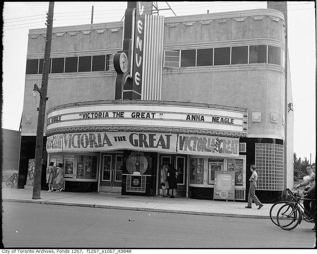 Avenue Theatre 1939