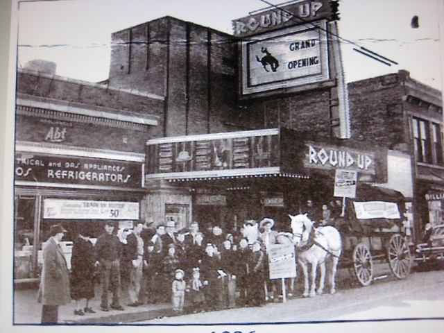 Round Up Theater