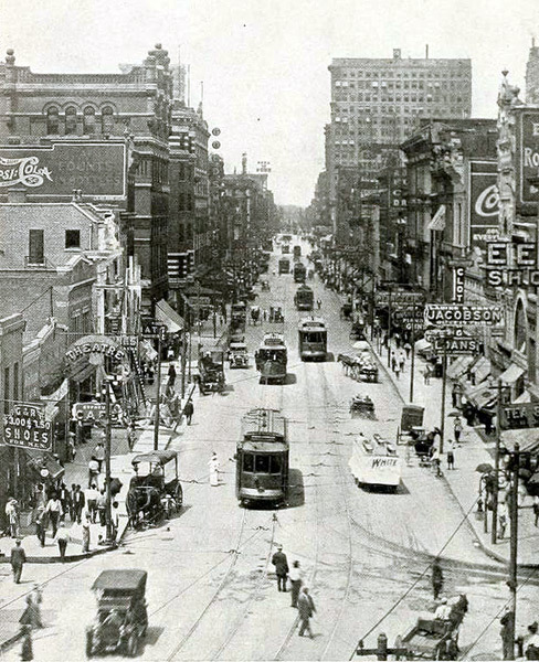 Main Looking North from Beale 1915