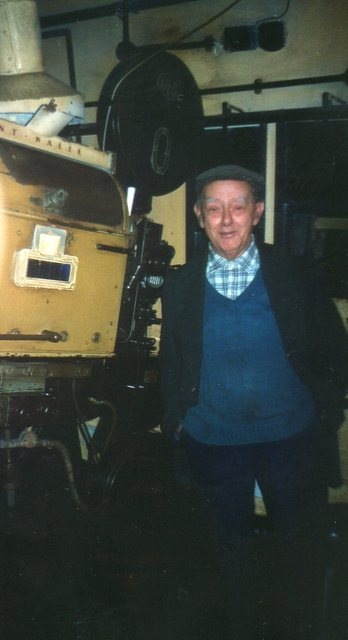 The late Mr Bob Piercey Chief Projectionist