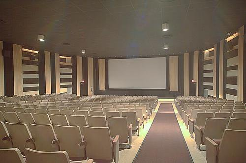 Safari Cinema