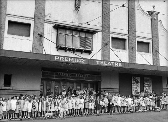 Premier Theatre