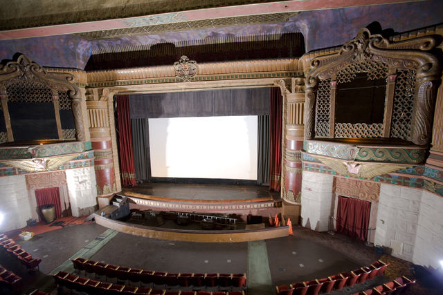 Rialto Theatre, balcony view