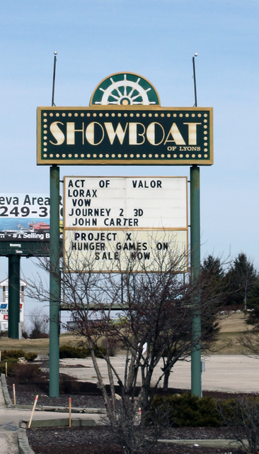 Showboat of Lyons, Lake Geneva, WI (sign)