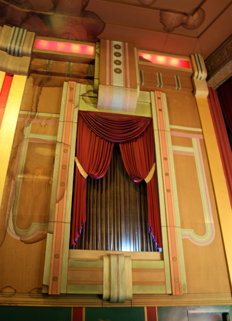 Lorraine Theatre, Hoopeston, IL - auditorium