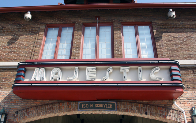 Majestic Arts and Conference Center, Kankakee, IL - sign