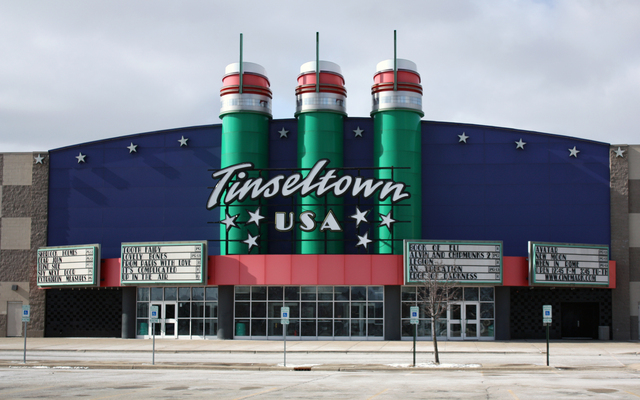 Cinemark Tinseltown USA, North Aurora, IL