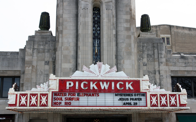 Pickwick Theatre, Park Ridge, IL - marquee