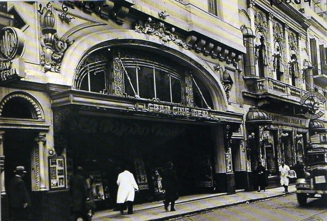 the original facade in 1940