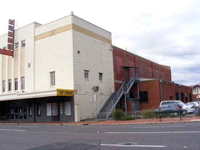 Vogue Theatre, Kingswood. Exterior View.