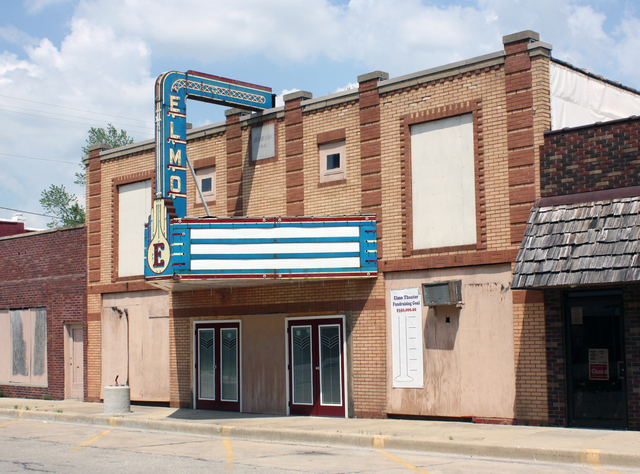 Elmo Theater, St. Elmo, IL