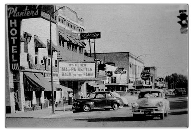 Sunnyside (WA) United States  City new picture : The Liberty Theater was opened prior to 1950, and operated until at ...